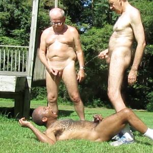 Versatile exhibitionistic faggot on display