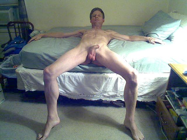 David Steckel displayed naked
