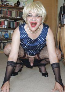 Russian Pidoras Valery posing for fucker in polka-dot dress!