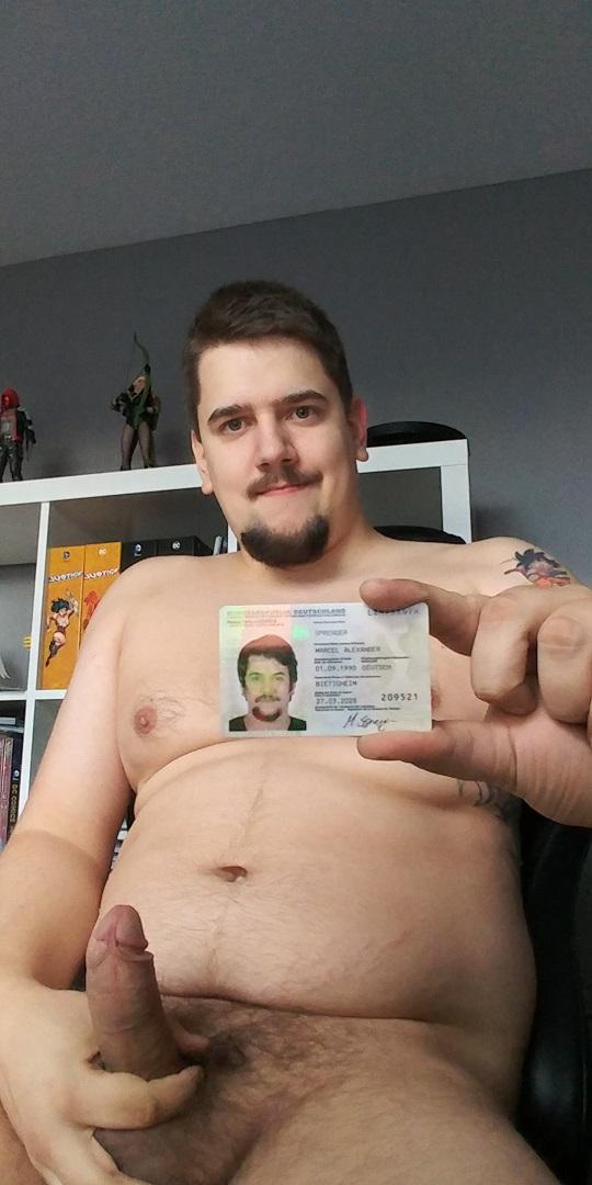 german faggot shows id