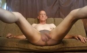 Pete Richards = Faggot exposed in panty hose