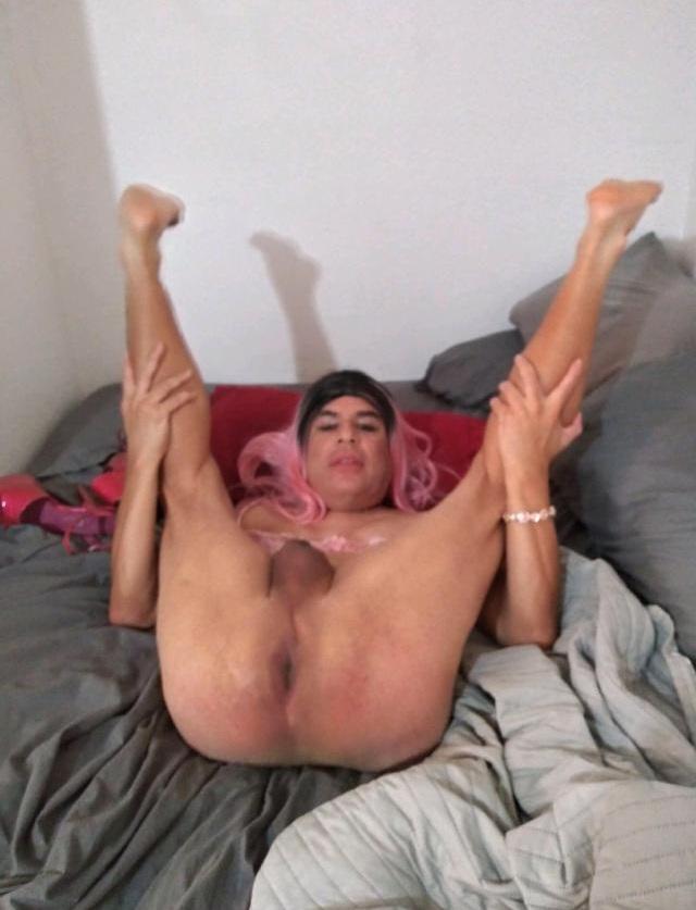 Faggot Oscar Gonzalez spreading like a whore