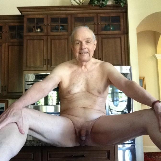 Roger Wendell OLD sissy faggot