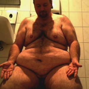 VIDEO: Fat german Fag need Exposure