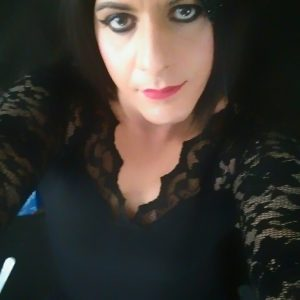 Sissy Suzi 1st post on here x